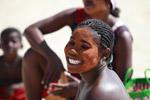 Vezo woman with facepaint in Arovana (Ankorohoke)