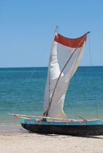 Vezo fishing pirogue [madagascar_8013]
