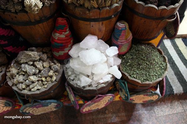 Spice market in Aswan [egypt_0241]