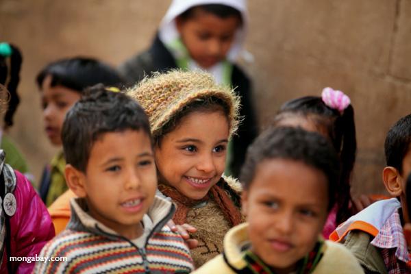 School children touring the Temple of Kom Ombo [egypt_0540]