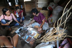 Traditional medicines in Borneo [kalteng_0732]