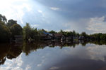 Village along the Rungan River [kalteng_1019]
