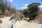 Giant sinkhole in Ankarana riverbed [madagascar_ankarana_0289]