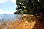Beach on Nosy Mangabe [madagascar_maroantsetra_0191]