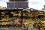 Fruit market in Toamasina [madagascar_tamatave_0117]