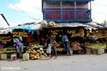 Fruit market in Toamasina [madagascar_tamatave_0125]