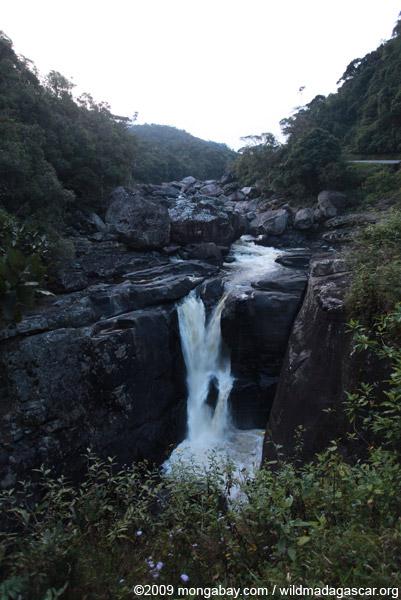 Chute Andriamamovoka (waterfall) on the Namorona River in Ranomafana