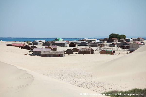 Arovana (Ankorohoke), a Vezo fishing village